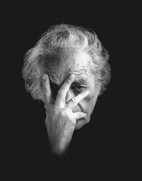 Nicanor Parra has had enough of your nonsense.