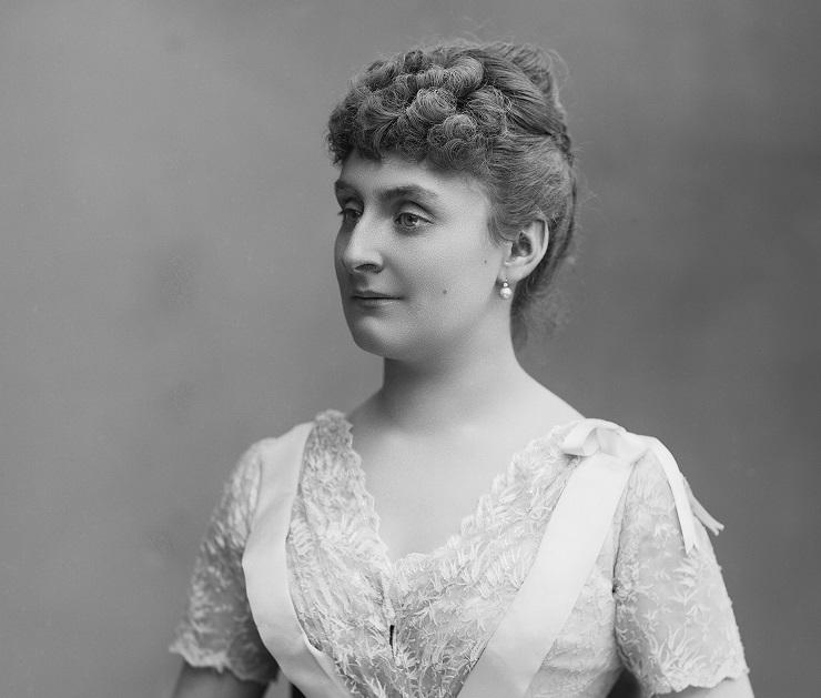 Laure de Sade, Comtesse Adhéaume de Chevigné